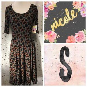LuLaRoe Nicole dress - NWT